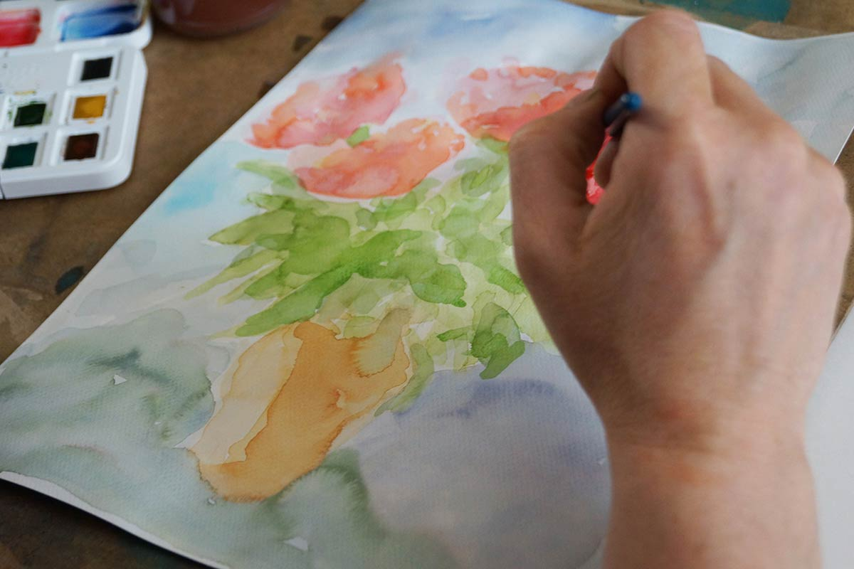 Gemalte Blumenvase mit rotem Strauß, Aquarellmalerei